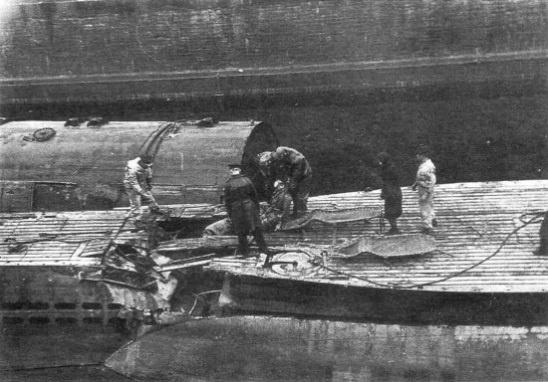трупы с лодки курск